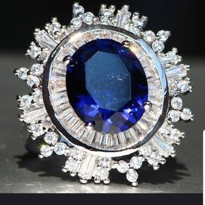 Oval Blue Sapphire & Nat. Accents Silver 925 Sz 7